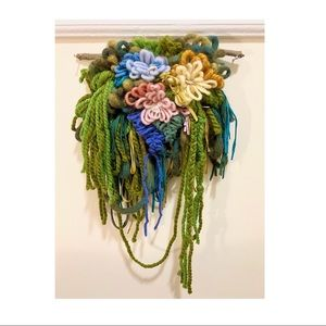 Floral bouquet wall hanging